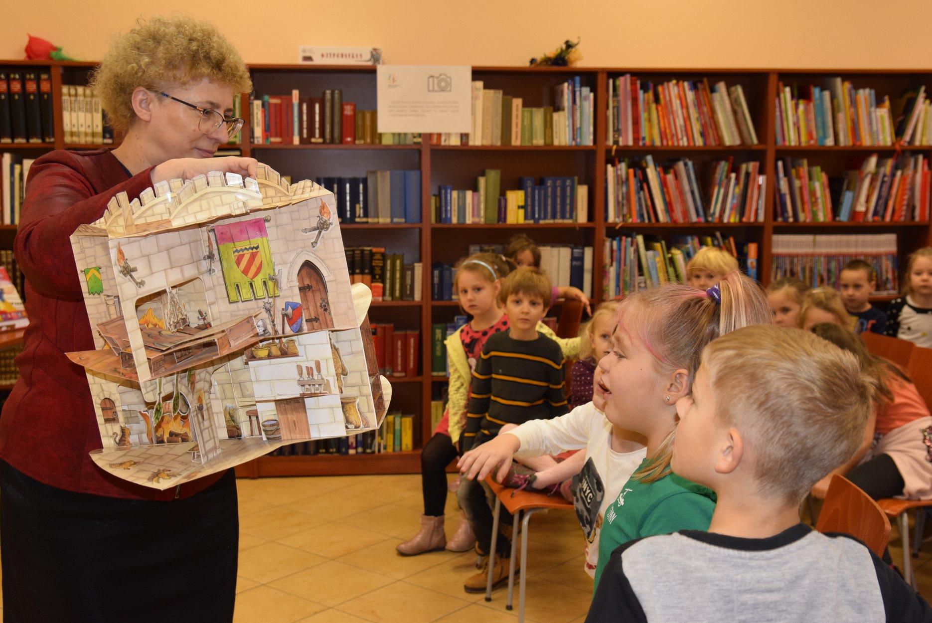 """""""Całe Gniezno czyta dzieciom"""" docenione!"""