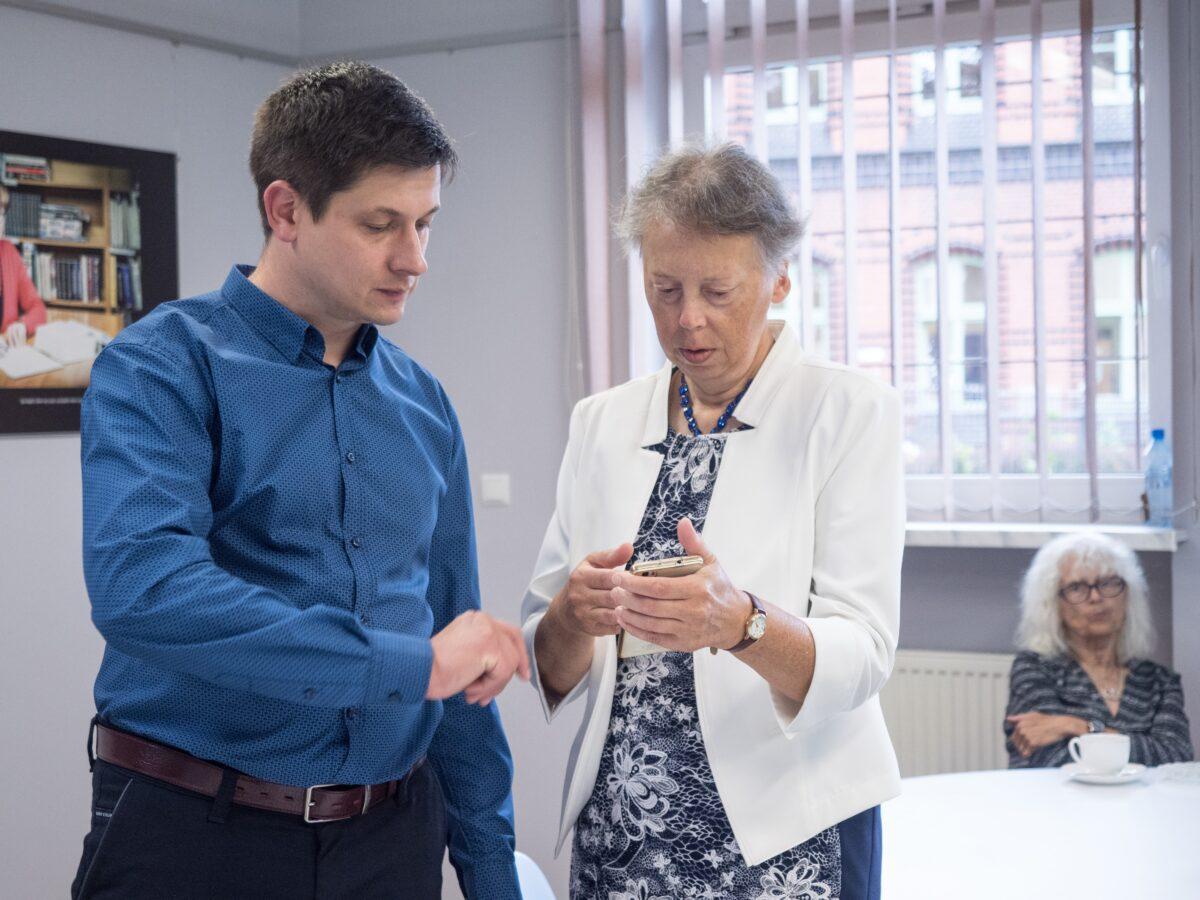 Pomocna dłoń – spotkania dla seniorów
