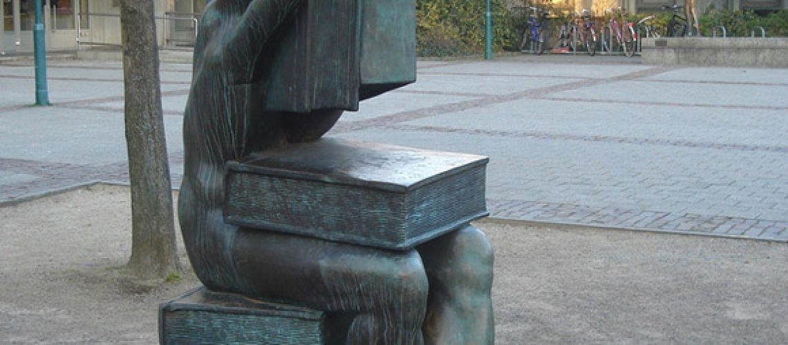 ksiazkowe-pomniki-8