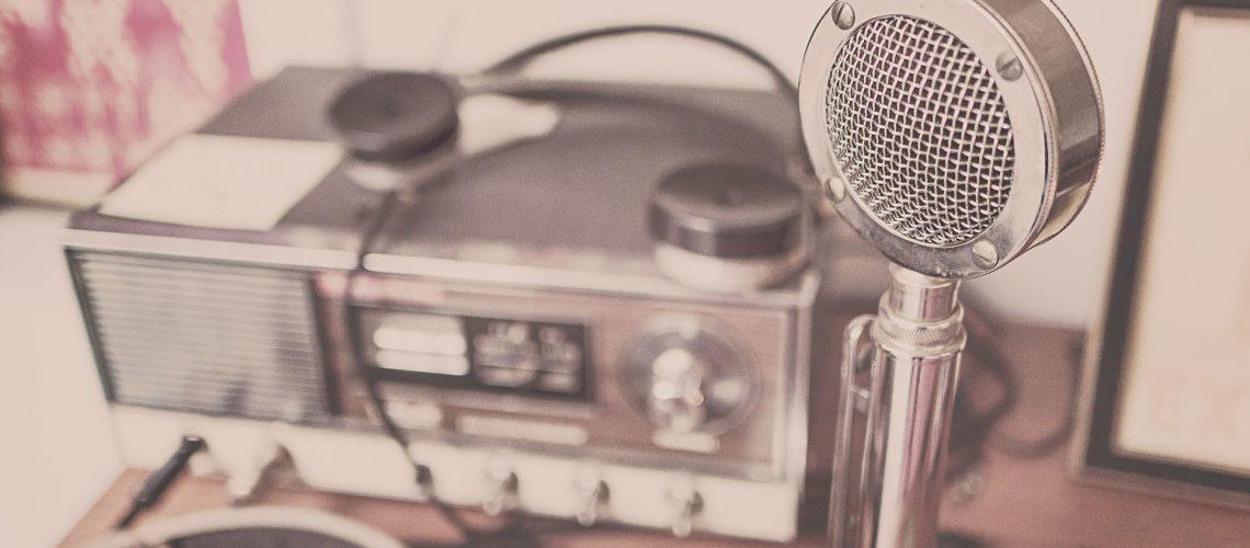 zbibliotecznejpolki-radio